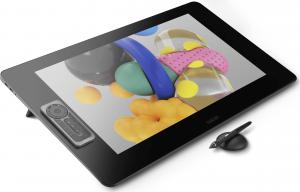 Wacom Cintiq Pro 24 avec son stylet et son interface amovible